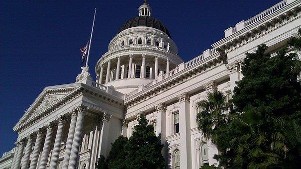Конгресс США намерен ужесточить санкции против РФ