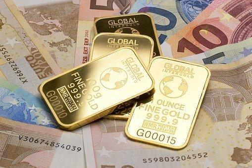 ЦБ изменил политику управления золотовалютными резервами