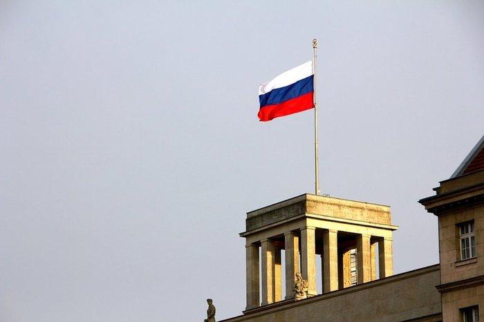 Песков: РФ адаптировалась к жизни в условиях санкций