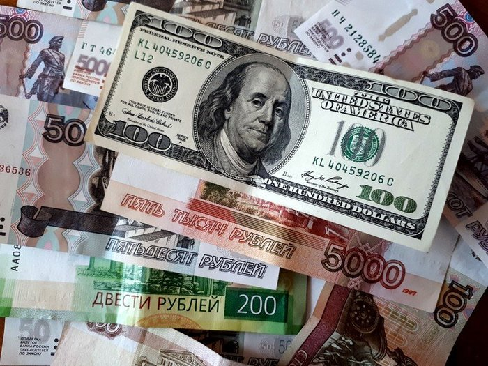 Рубль пытается укрепляться