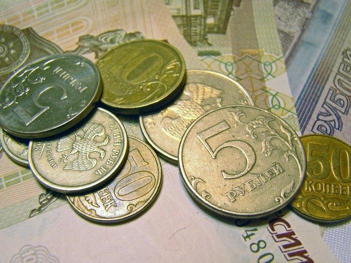 Российская валюта остается без поддержки