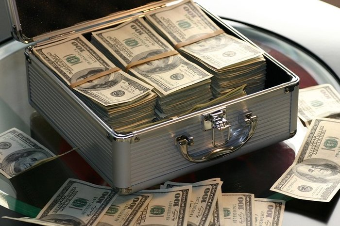 Bloomberg опубликовал список самых богатых россиян