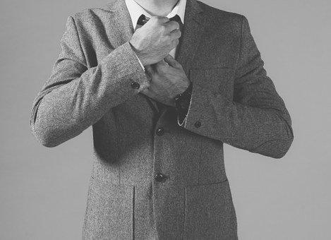 Ученые: галстуки душат мужчин