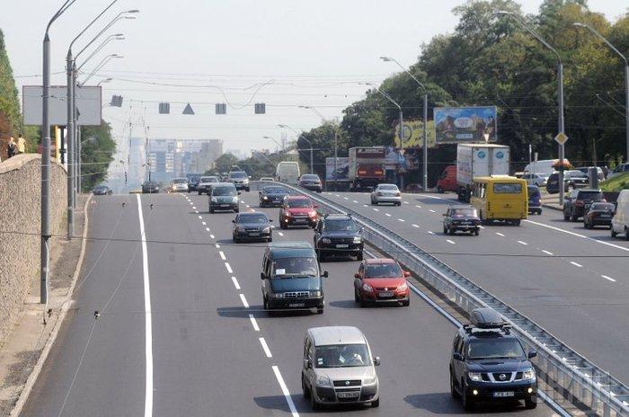 Популярные автомобили у россиян