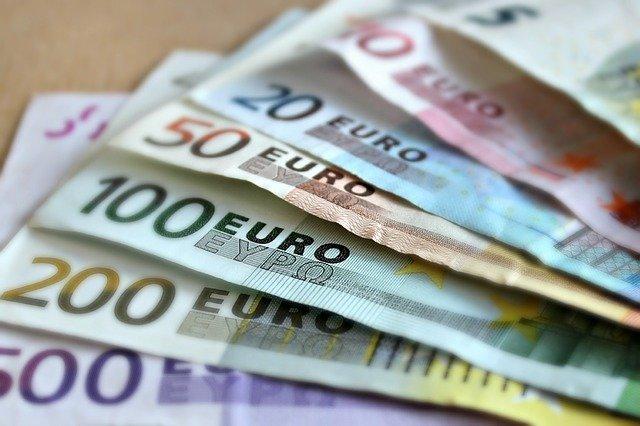 Курс евро превысил 78 рублей