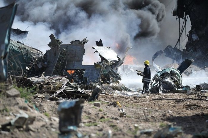 РФ отвергла версию о взрыве самолета Качиньского