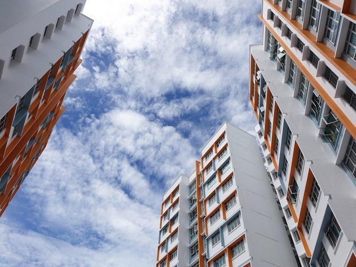 Самые доступные квартиры Москвы стали еще дешевле