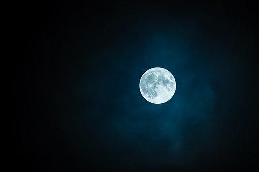Известны сроки создания российской ракеты для полета на Луну