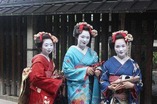 В Японии введен налог на выезд из страны