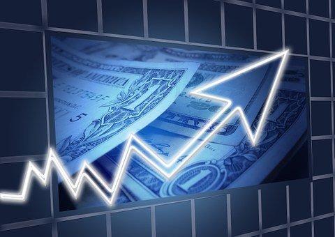 Доллар обновил максимум марта 2016 года