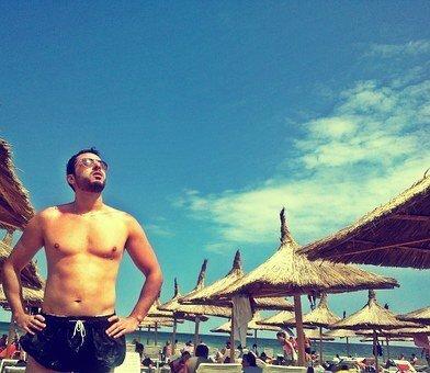 Туристы массово покидают курорты Турции