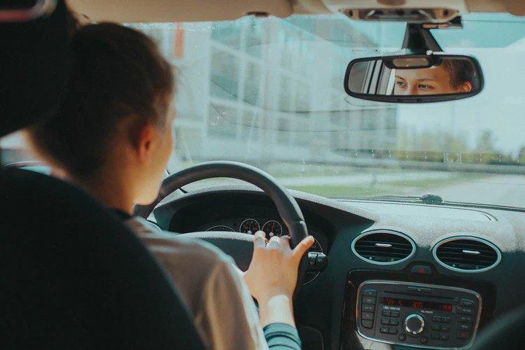 Ученые выявили связь между поездками в автомобиле и раком