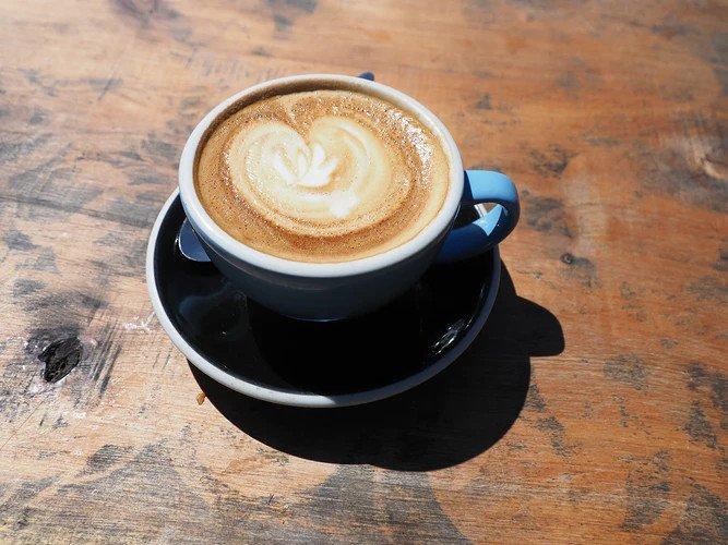 Любителям кофе назвали идеальное время для употребления напитка